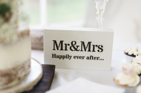 mr and mrs sign fort erie