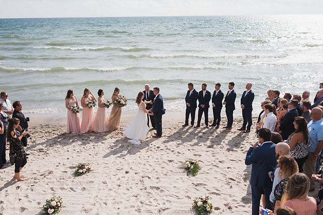 Niagara beach wedding ceremony