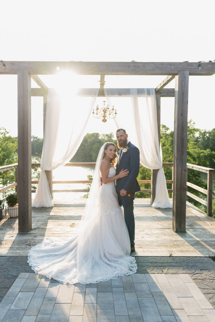 bride and groom at alter at Stonewall Estates Winery