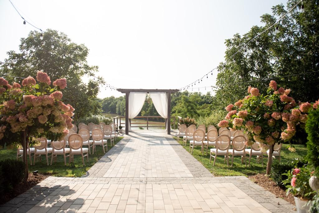 ceremony set up at Stonewall Estates Winery pop up wedding