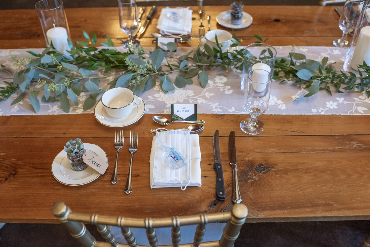 Guest place setting